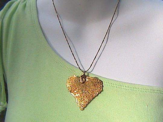 Other 12k Yellow Gold Filled Leaf Necklace Image 8
