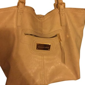 Gianni Bini Tote in Nude