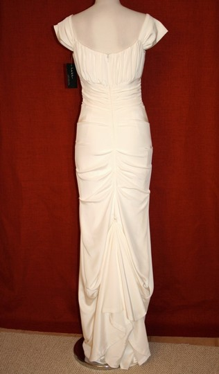 Nicole Miller Ivory Silk Shired Cap Sleeve Bridal Gown Hg001 Formal Dress Size 6 (S)