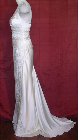Nicole Miller Silk Beaded Elegant Bridal Gown Lj0002 Formal Dress Size 0 (XS)