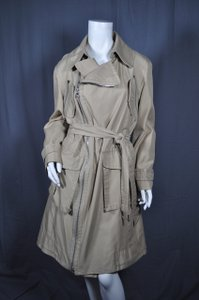 Marc Jacobs Luxury Consignment Trench Coat