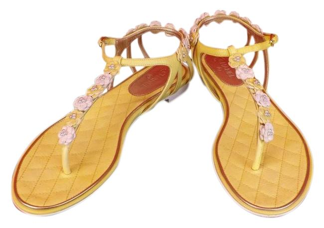 Item - Yellow Pearls Flowers Leather Cc Thong Flats Sandals Size EU 37.5 (Approx. US 7.5) Regular (M, B)