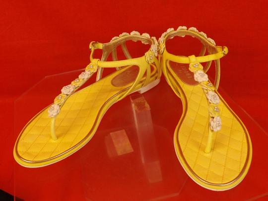 Chanel New In Box YELLOW Sandals Image 8