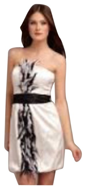Preload https://img-static.tradesy.com/item/6847777/white-feather-short-cocktail-dress-size-4-s-0-1-650-650.jpg