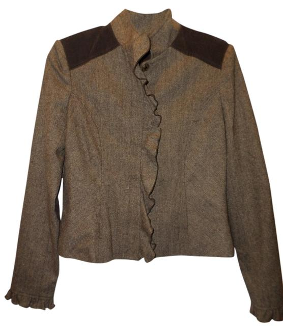 Preload https://img-static.tradesy.com/item/6847957/to-the-max-brown-ruffle-front-blazer-size-8-m-0-1-650-650.jpg
