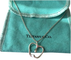 Tiffany & Co. Tiffany Silver Elsa Peretti Apple Necklace