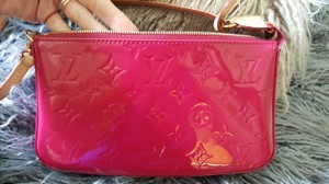 Louis Vuitton Pochette Nm Vernis Like New INDIAN ROSE Clutch