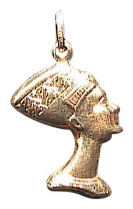 Italian 14k Yellow Gold Egyptian Queen Nefertiti Pendant