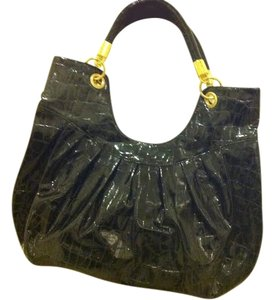 Urban Expressions Tote in Patent Black