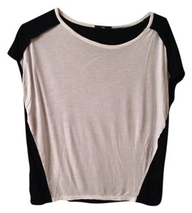 Gap T Shirt Black & White