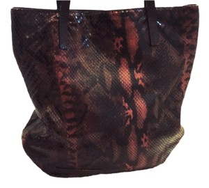 Falor Shoulder Bag