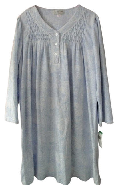 Preload https://img-static.tradesy.com/item/6859675/blue-and-white-womens-large-short-fleece-nightgown-sleeves-tunic-size-petite-14-l-0-0-650-650.jpg