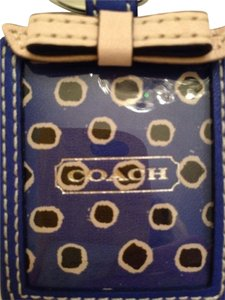 Coach Coach Blue and White Floral Picture Frame Key Chain Ring Key Fob Style 66317 New