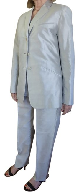 Preload https://item2.tradesy.com/images/armani-collezioni-silver-blue-giorgio-pant-suit-size-8-m-686276-0-2.jpg?width=400&height=650