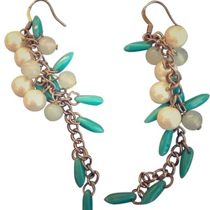 Banana Republic Banana Republic faux pearl earrings