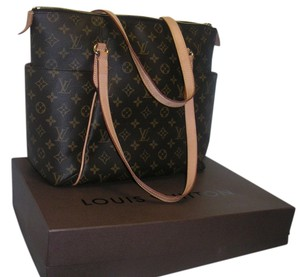 Louis Vuitton Totally Mm Shoulder Bag
