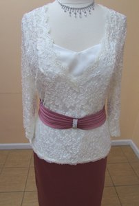 Alfred Angelo Ivory/Sugar Satin 7087 / 70706 Formal Bridesmaid/Mob Dress Size 16 (XL, Plus 0x)
