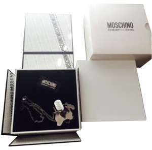 Moschino MOSCHINO CHEAP AND CHIC Dog Chain Necklace