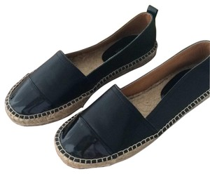 Kenneth Cole Black leather Flats