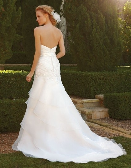 Casablanca Ivory Organza with Beaded Appliques Wedding Dress Size 8 (M)