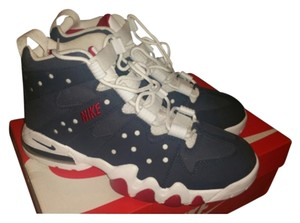 Nike Obsidian(blue),white, red Athletic