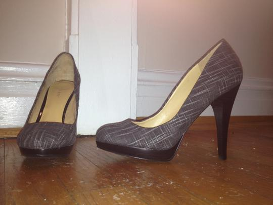Nine West Black Tweed Pumps