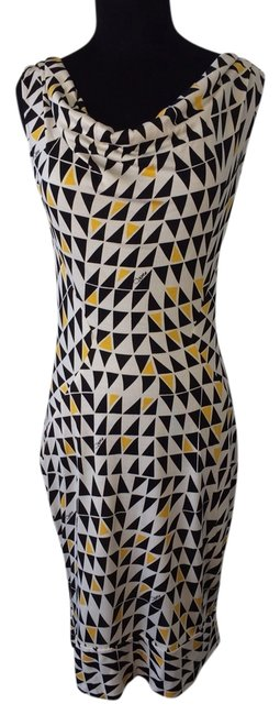 Preload https://item1.tradesy.com/images/diane-von-furstenberg-grand-lobby-yellow-d7497001d8-night-out-dress-size-10-m-690050-0-0.jpg?width=400&height=650
