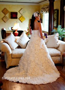 Galina Off White Taffeta Ball Gown with Floral Appliques On Skirt Style Sv14 Modern Wedding Dress Size 2 (XS)