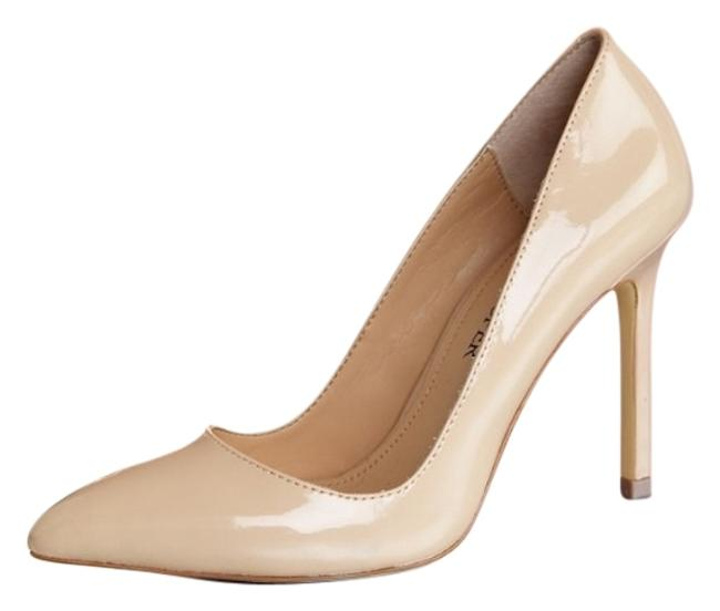 Item - Nude Sexy Pointy Pumps Size US 8