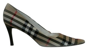 Burberry Plaid Pumps