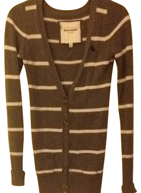 Preload https://item3.tradesy.com/images/abercrombie-kids-cardigan-gray-and-off-white-690872-0-0.jpg?width=400&height=650