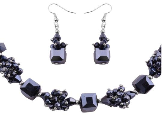 Preload https://item5.tradesy.com/images/glass-austrian-crystal-20-in-and-earrings-necklace-691924-0-0.jpg?width=440&height=440