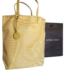 Bottega Veneta Intrecciolusion Nylon Butterfly Tote in Yellow