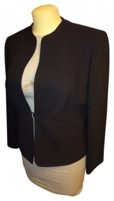 Preload https://img-static.tradesy.com/item/6920/elie-tahari-black-jacket-pant-suit-size-16-xl-plus-0x-0-0-650-650.jpg