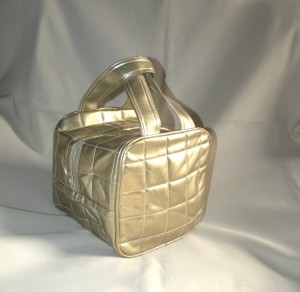 Elizabeth Arden Elizabeth Arden Quilted Cubed Cosmetic Tote Bag Two Carry Handles New Without Tags