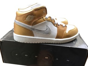 Nike Air Jordan Aj Air Jordan 1 Metallic Gold/ White SIZE 3Y Athletic