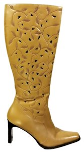 MIA Embossed Ivy Design Tan Boots