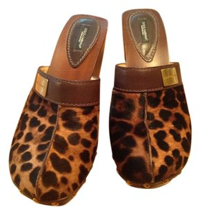 Dolce and cabana animal print Leopard hair Mules
