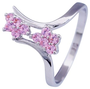 goild 18k white gold plated Pink Crystal Floral Rng