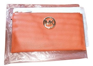 Michael Kors Nwt Fulton Leather Zip Top Gold Tone Large Wristlet Burnt Orange Clutch