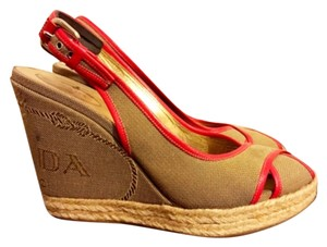 Prada Tan with red accents Wedges