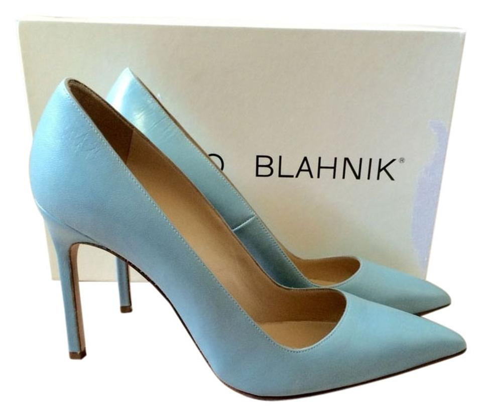 b0f016e8f1799 Manolo Blahnik Dusty Blue 37.5 Leather Bb Pointed Toe 4