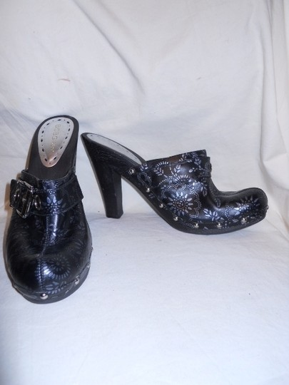 BCBGeneration Leather Studded black & silver Mules