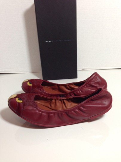 Marc by Marc Jacobs Mbmj Newinbox Friendsofmineflats Cherry Red Flats