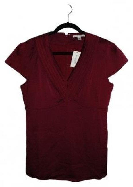 Preload https://item5.tradesy.com/images/banana-republic-burgandy-451105-01-1-blouse-size-10-m-6944-0-0.jpg?width=400&height=650