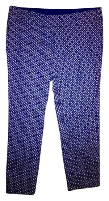 Preload https://item2.tradesy.com/images/ann-taylor-blue-and-white-carnegie-crop-capris-size-6-s-28-694566-0-0.jpg?width=400&height=650