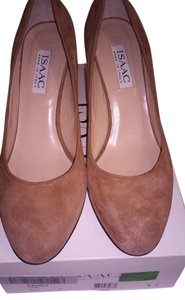 Isaac Mizrahi Suede Leather Camel Pumps