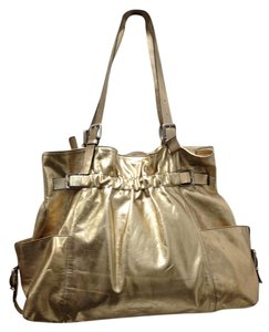 Kenneth Cole Leather Large Tote in Gold