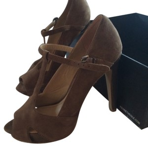 Kenneth Cole Taupe suede Platforms