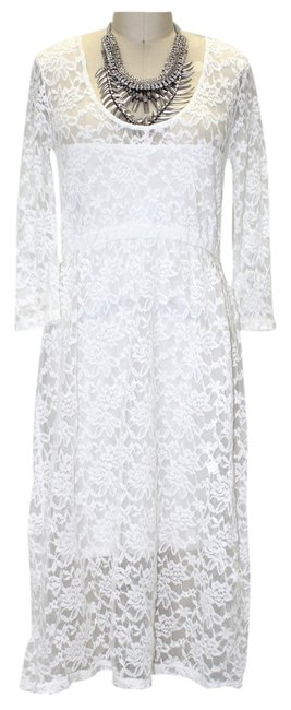 Preload https://item3.tradesy.com/images/free-people-ivory-lace-medium-mid-length-cocktail-dress-size-10-m-697202-0-0.jpg?width=400&height=650